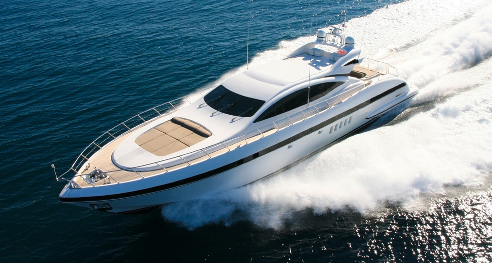 Yacht luxe service transport